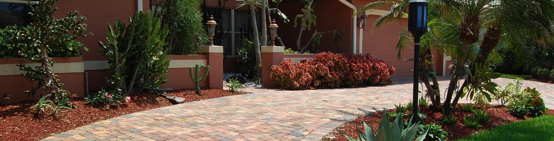 red colors paver driveway